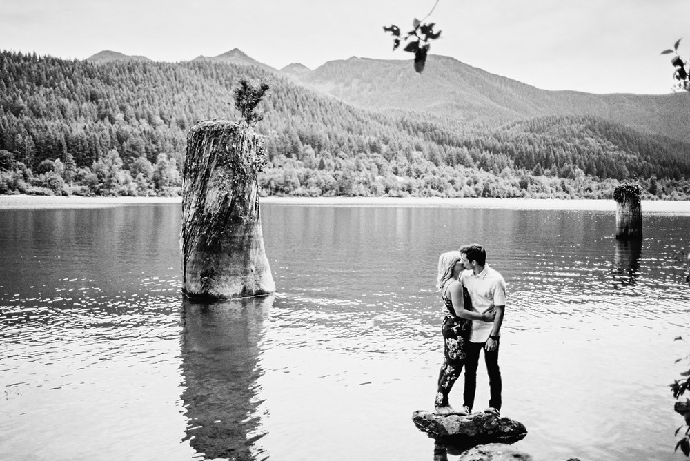 ryan-flynn-best-wedding-photography-2015-seattle-film-photographer-0094.JPG