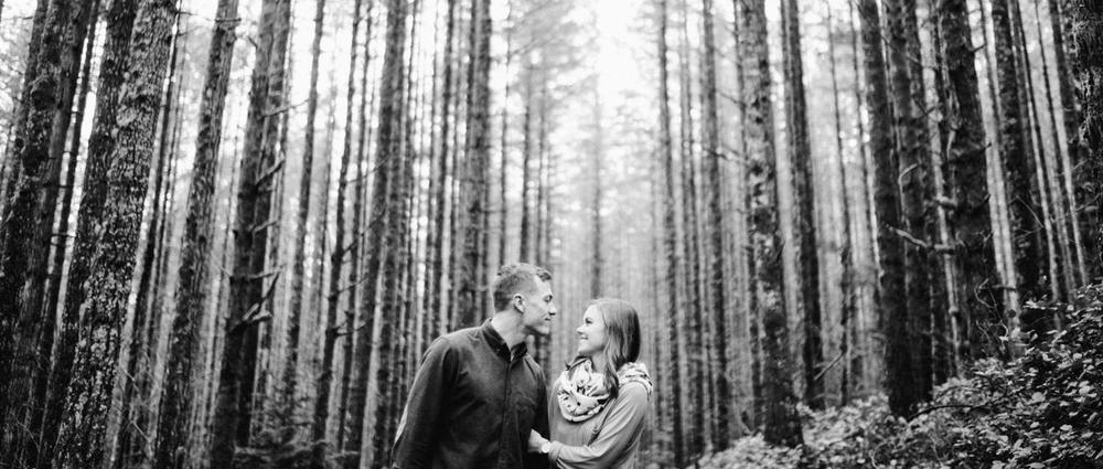 020-snoqualmie-mountain-engagement-session-seattle-film-wedding-photographer-ryan-flynn.jpg