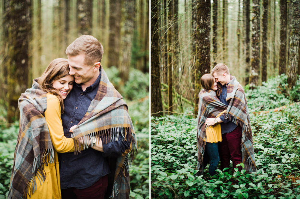 023-snoqualmie-mountain-engagement-session-seattle-film-wedding-photographer-ryan-flynn.jpg