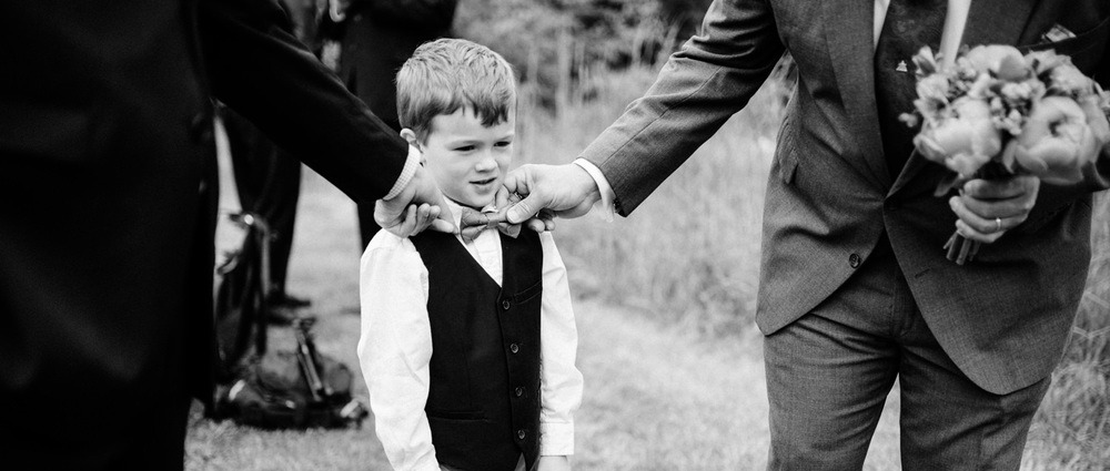 068-documentary-wedding-photo-by-best-seattle-photographer-ryan-flynn.jpg