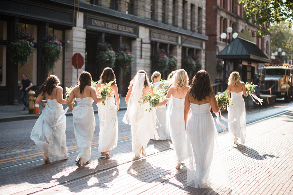 233-bridesmaids-with-light-blue-dresses-in-pioneer-square-seattle.jpg