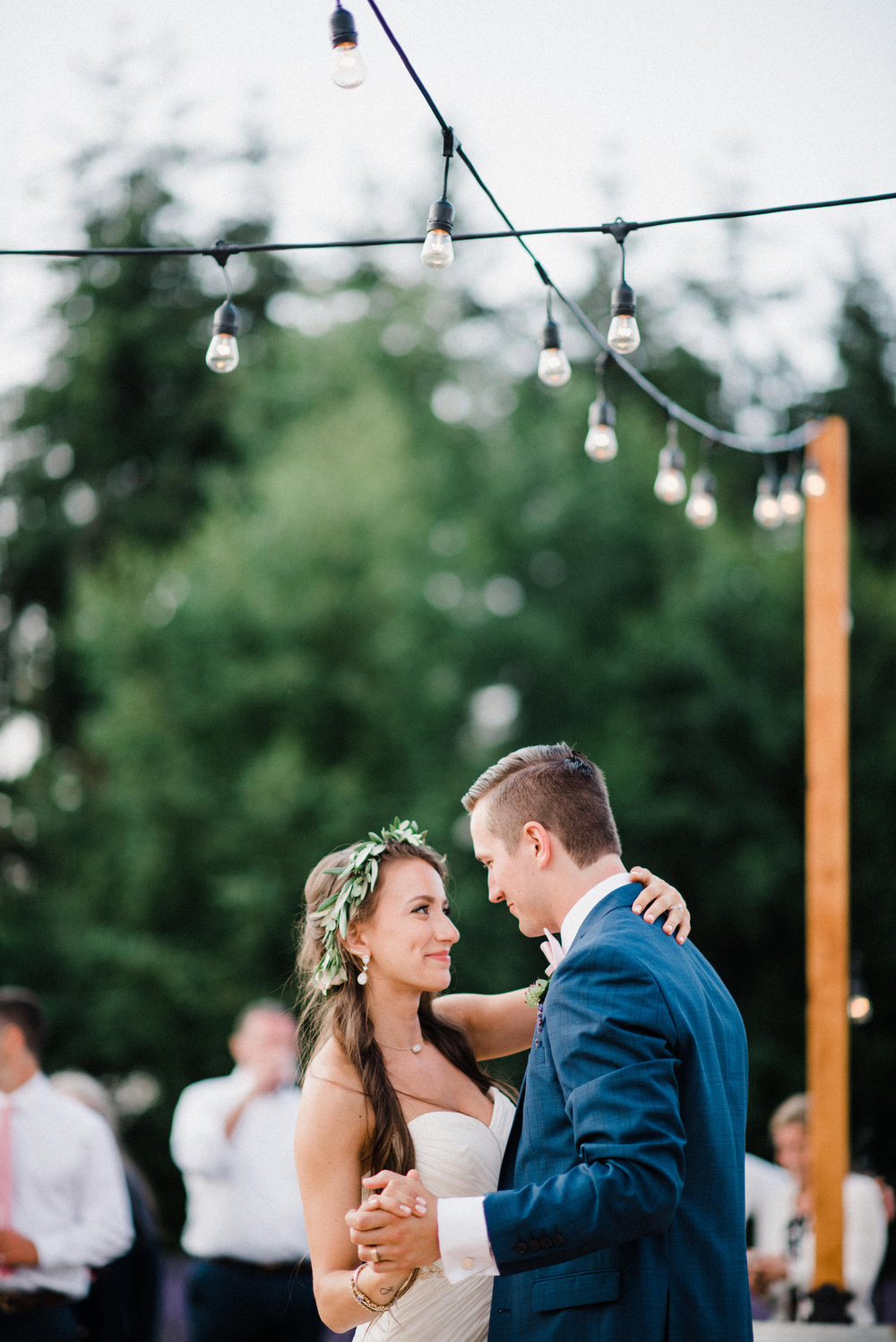 076-woodinville-lavendar-farm-wedding-with-golden-glowy-photos.jpg