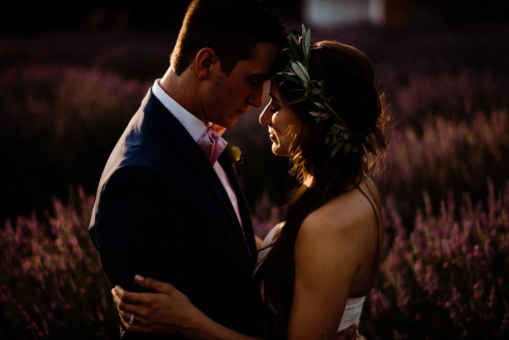 104-woodinville-lavendar-farm-wedding-with-golden-glowy-photos.jpg