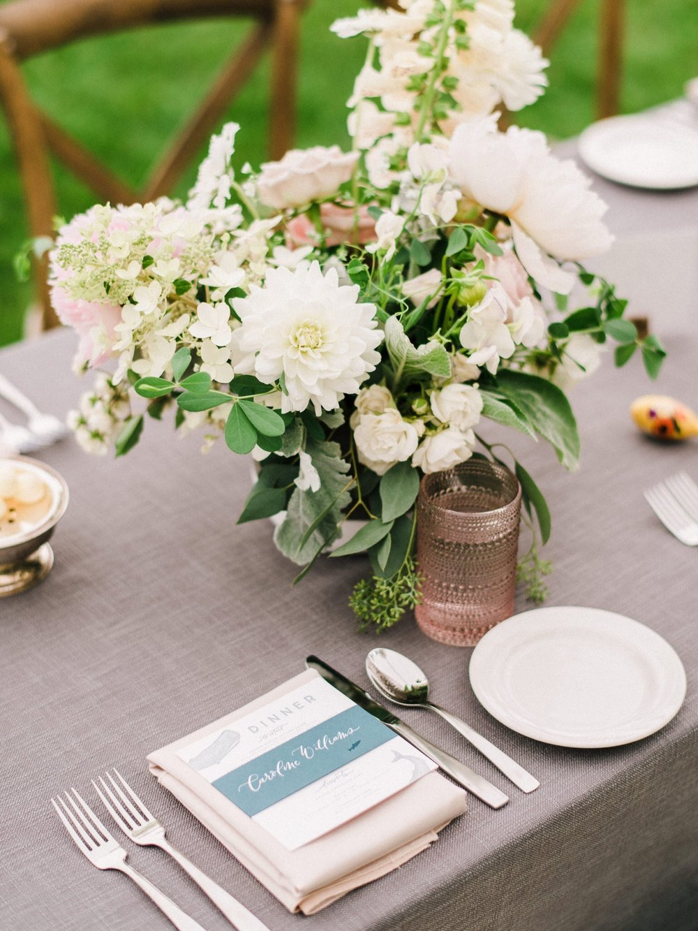 42_042-orcas-island-rosario-resort-wedding-by-best-san-juan-islands-photographer_Orcas_tablescape_blush_Island_White_Wedding.jpg
