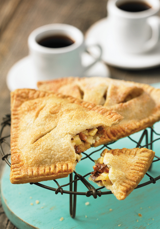 air fryer toffee apple hand pies