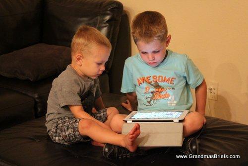 boys and iPad