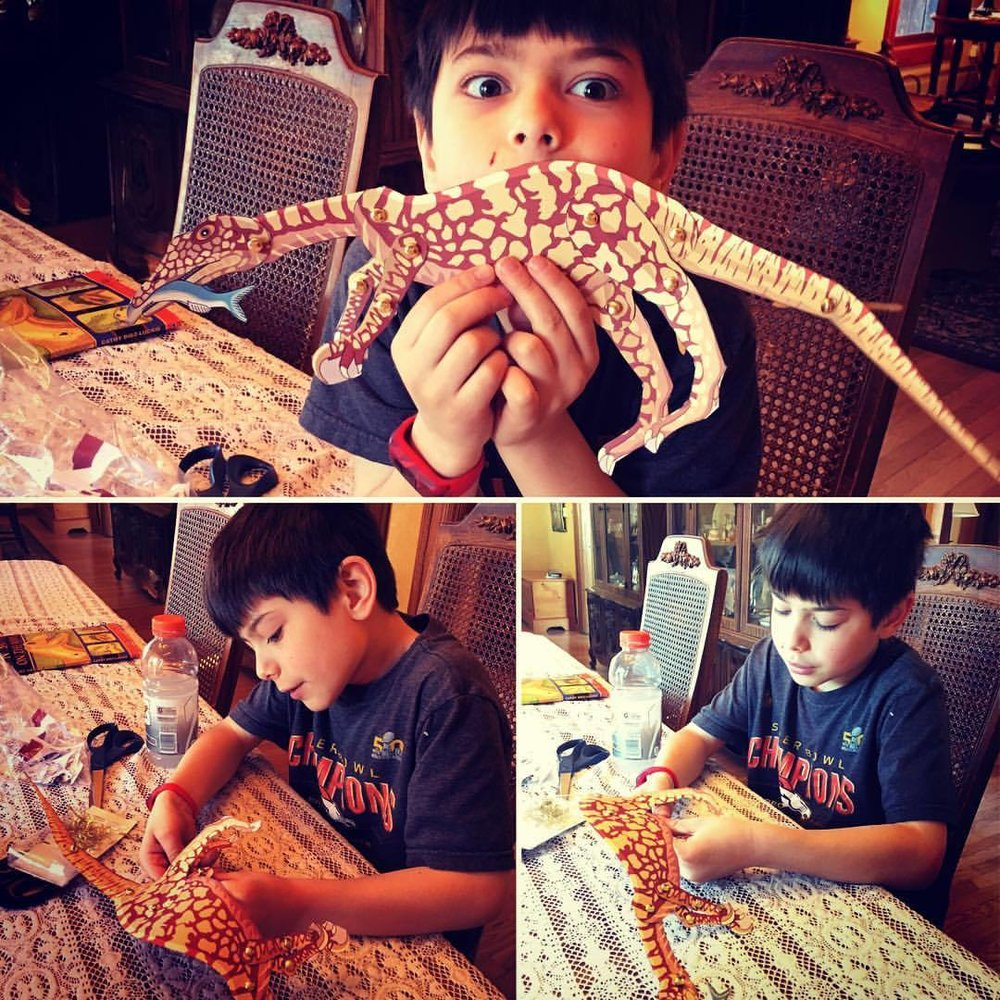 making paper dinosaur