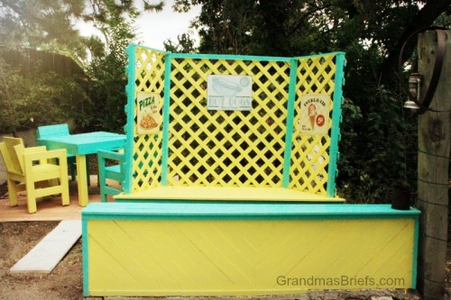 outdoor play food stand