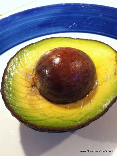 how to keep avocado from turning brown