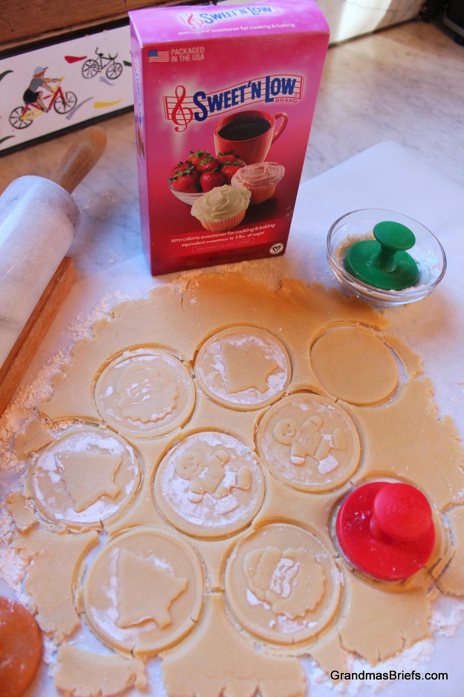 SweetNlow cust cookies.JPG
