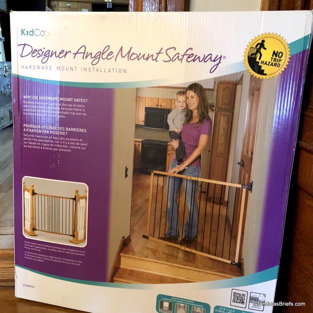 kidco angle gate.jpg