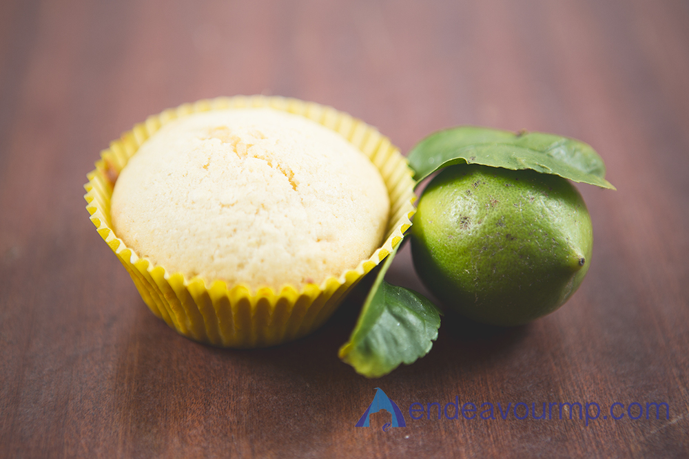 food-cupcakes-lemon 02.jpg