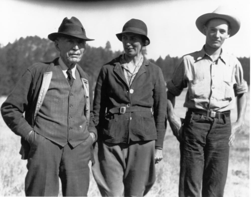 Henry Sieben with daughter Margaret and grandson Hank circa 1936