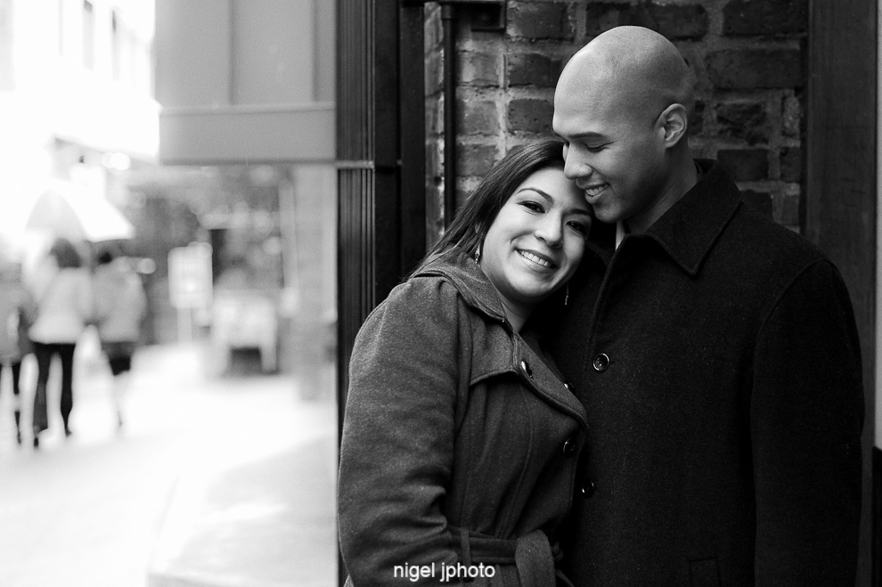seattle-engagement-photo-brick-wall-pike-place-1.jpg