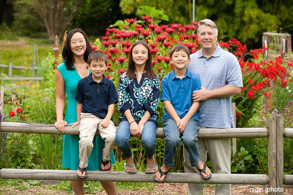 family-of-five-seattle-family-photography-kirkland.jpg