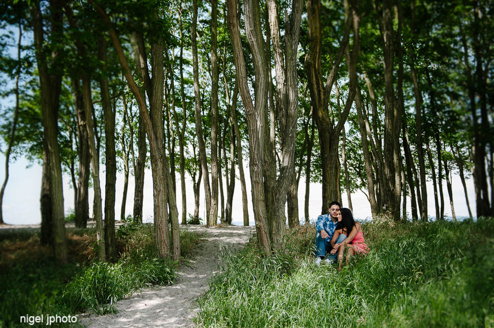 seattle-eastside-engagement-photography-beach-golden-gardens-trees.jpg