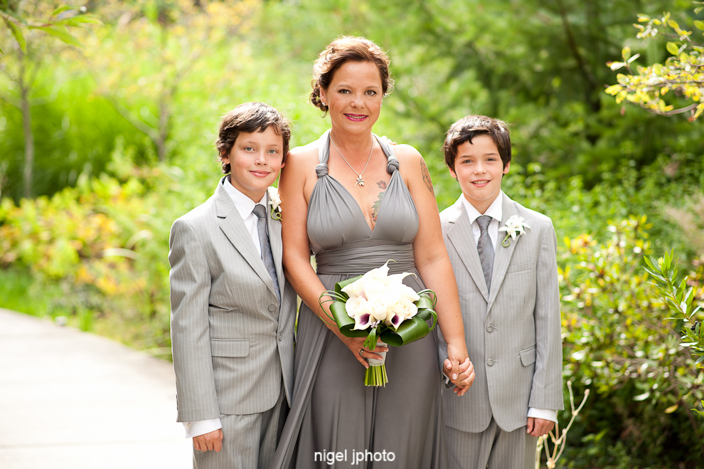 bride-with-twin-sons.jpg