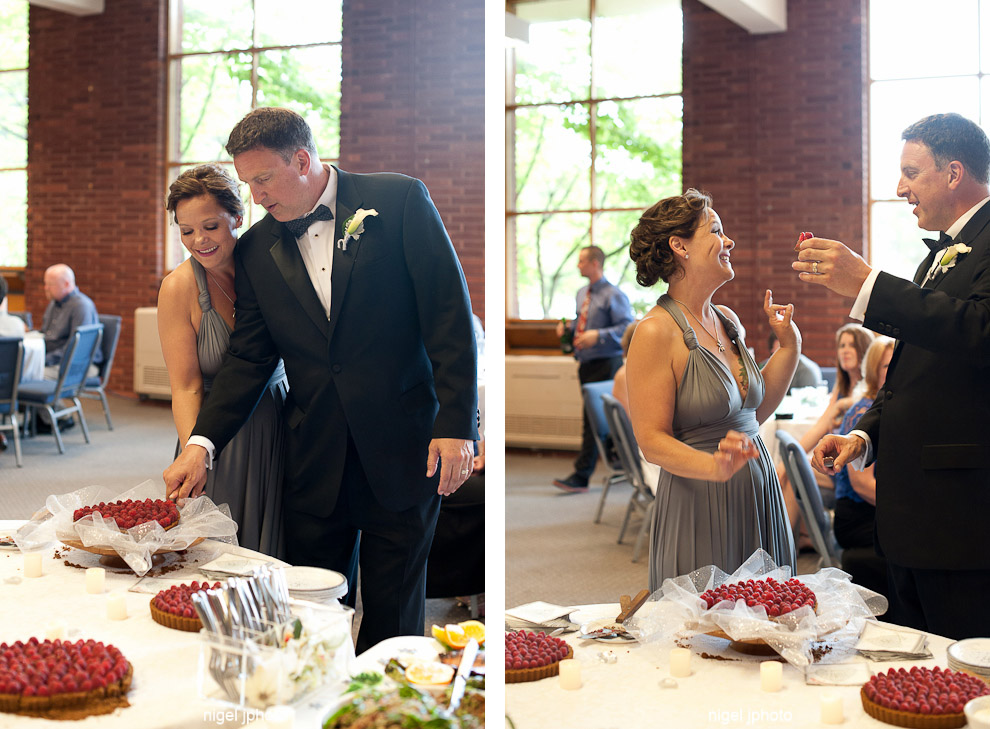 wedding-reception-40-year-old-couple-cake-cutting.jpg