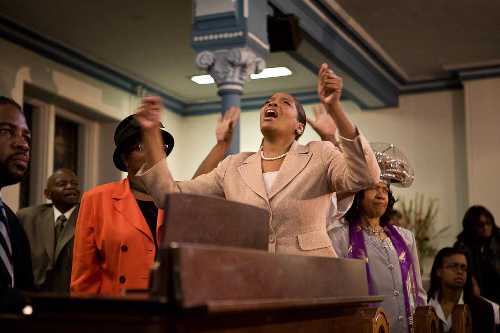 greater-exodus-baptist-congregation-passionate-worship-americas-four-gods.jpg