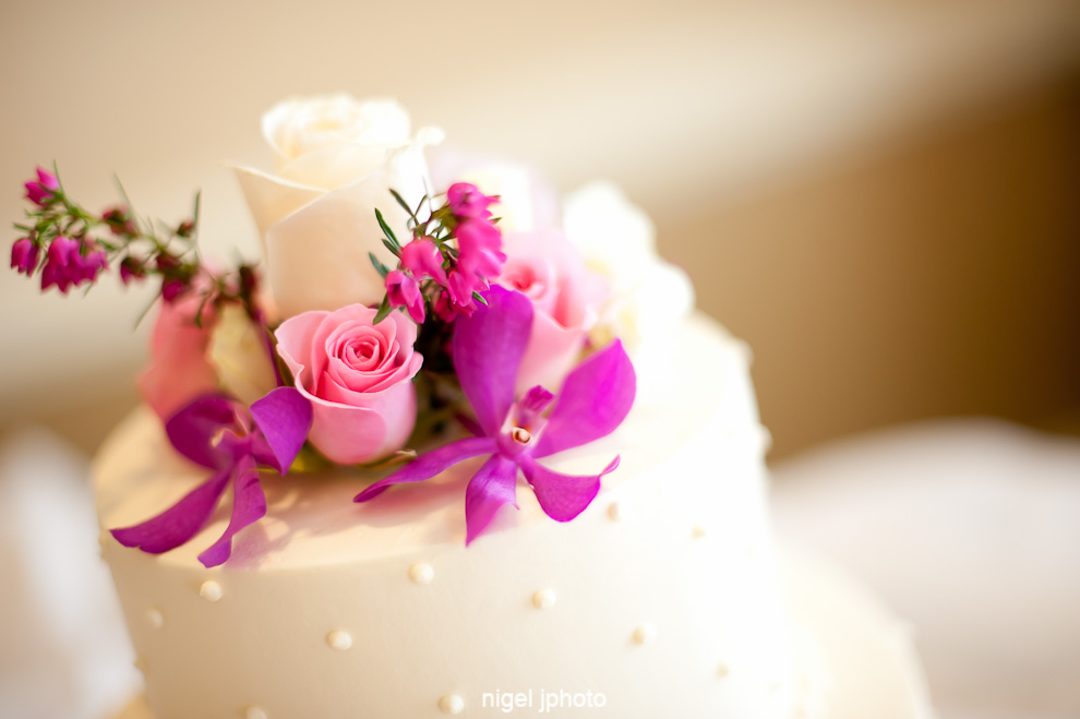 wedding-cake-seattle-orchids-pink-roses.jpg