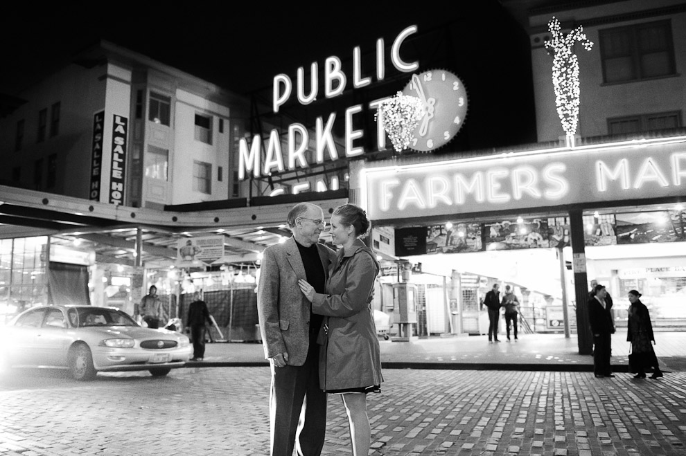seattle-engagement-photography-middle-aged-couple-pike-place-market-street.jpg