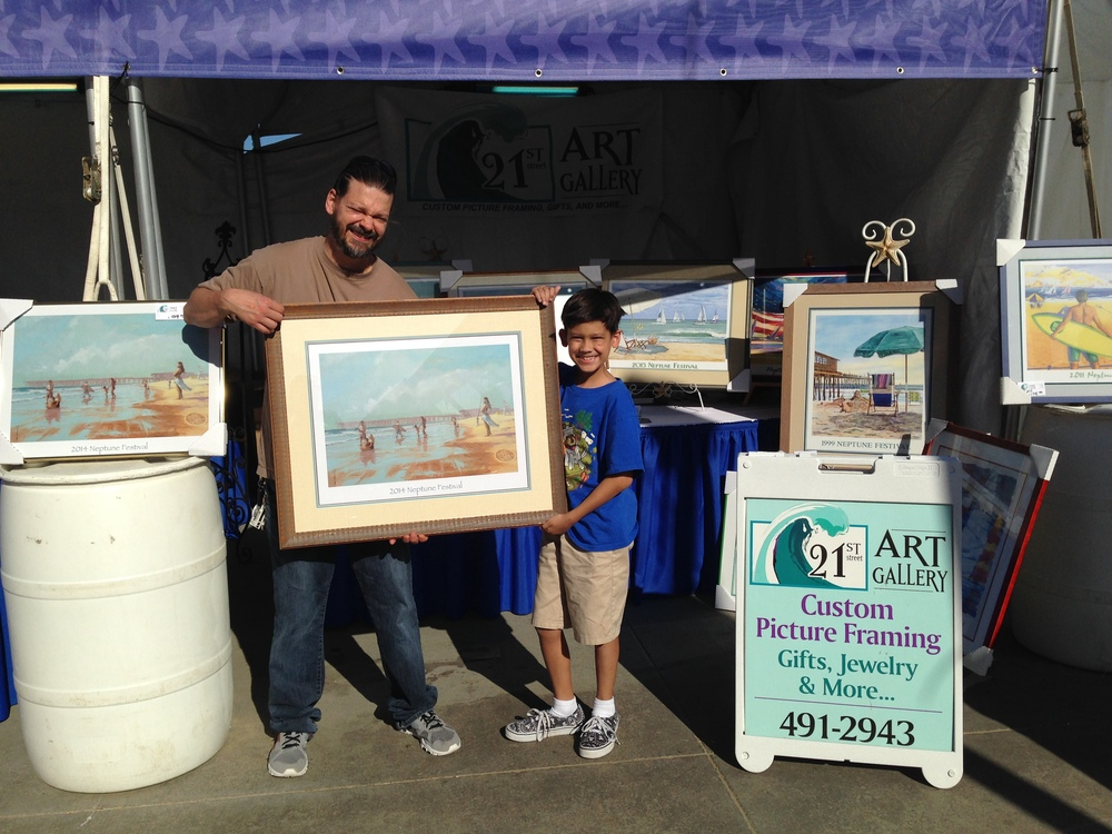 Hanging out with the 21st Art Gallery & Official Neptune Festival Booth!