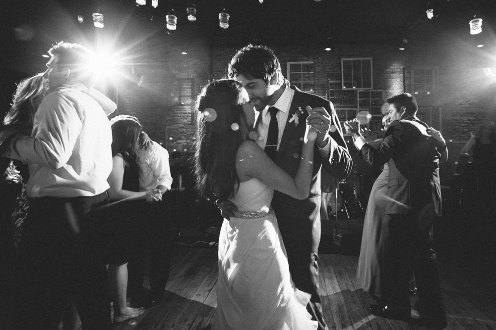 gallery-1028-chicago-wedding-photos.jpg