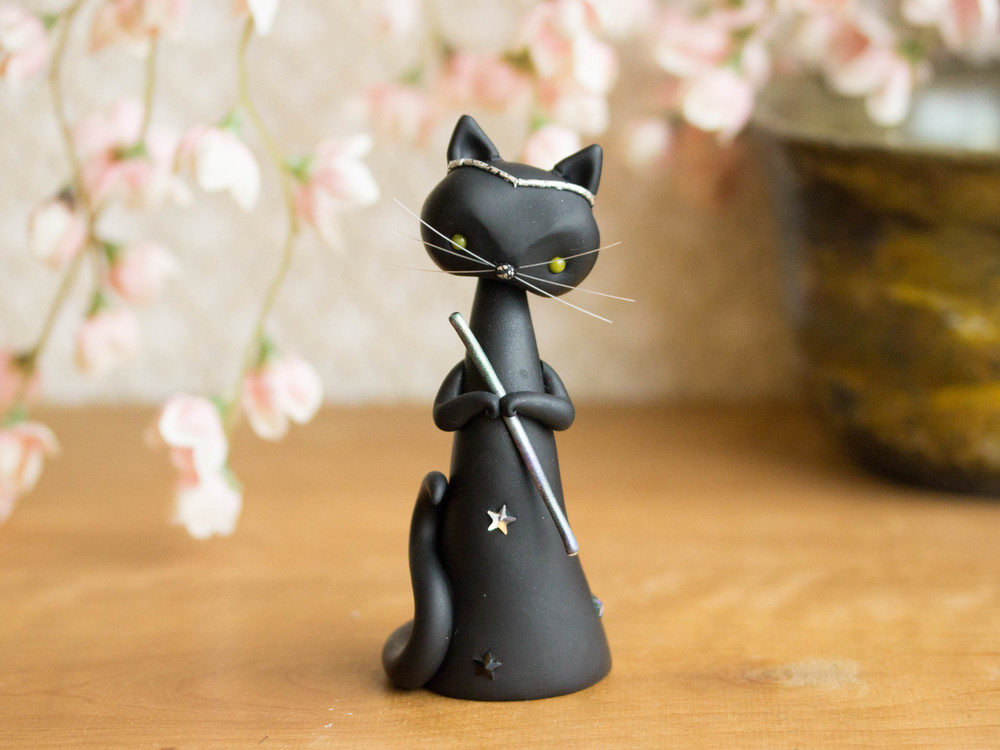 Le Matogot - Magician Cat