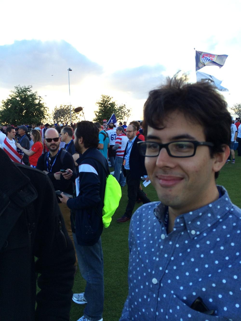 foreground: Adam Serrano, mid-ground: Chris Thomas, background: Rog Bennet