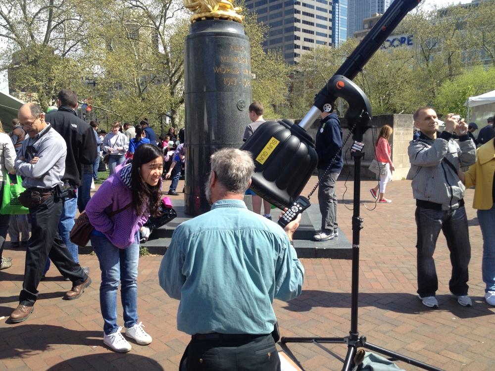 See the stars with this telescope that also resembles a chaingun