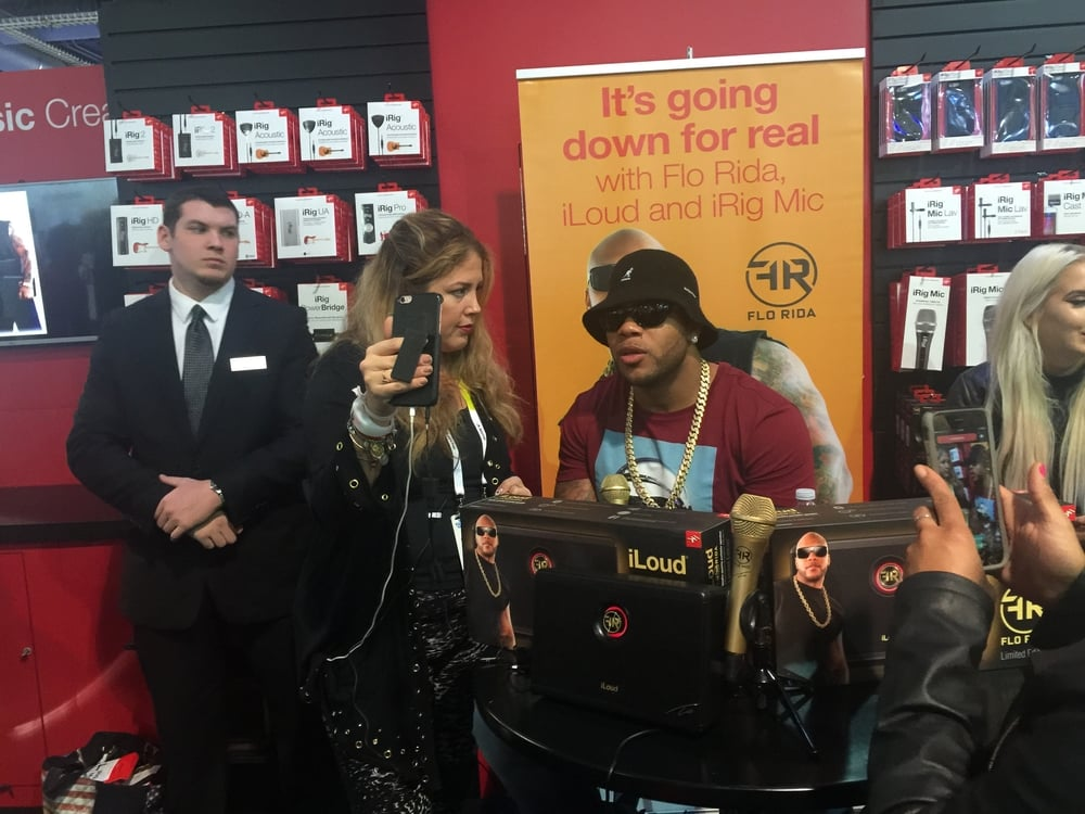 Flo Rida entered into a collboration with IK Multimedia for a new mobile mic recording solution.