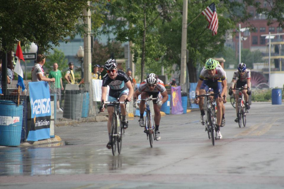 Rainville wins Quad Cities Criterium
