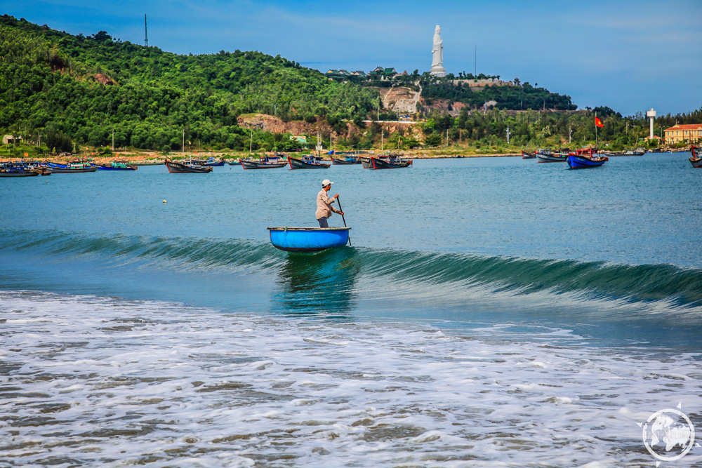 Da Nang Vietnam Beach 4.jpg