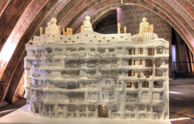 Visual Tour of Casa Mila by Gaudi - Barcelona, Spain — earthXplorer ...