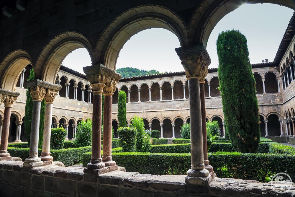 Santa Maria de Ripol_9.jpg