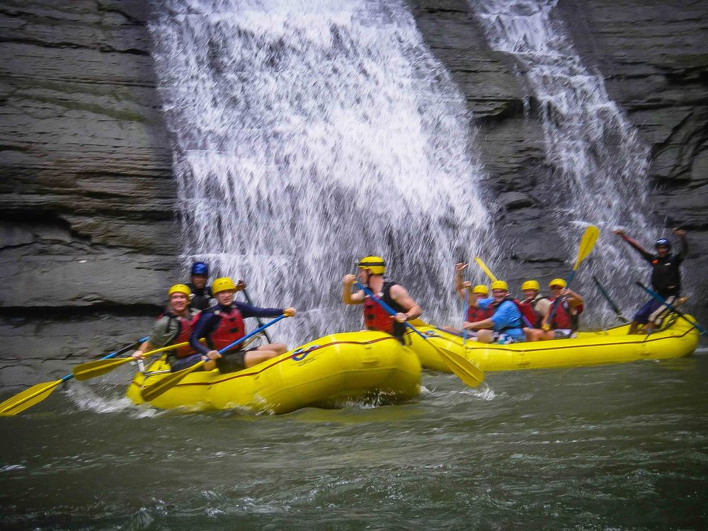 Rafting_Fiji-4.jpg