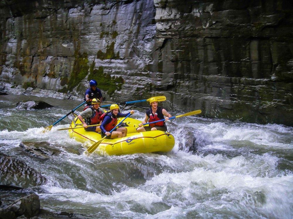 Rafting_Fiji-5.jpg