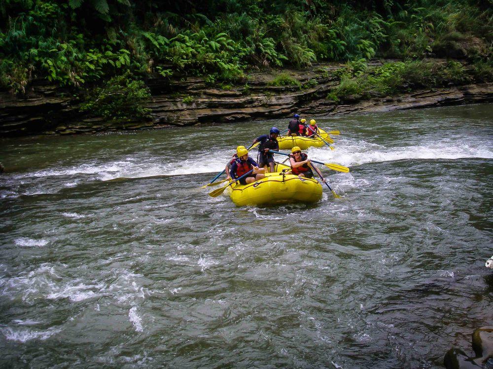 Rafting_Fiji-18.jpg