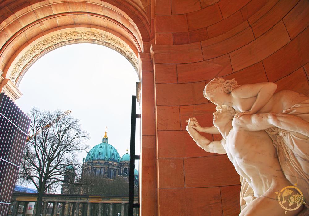 Statue in Berlin.jpg