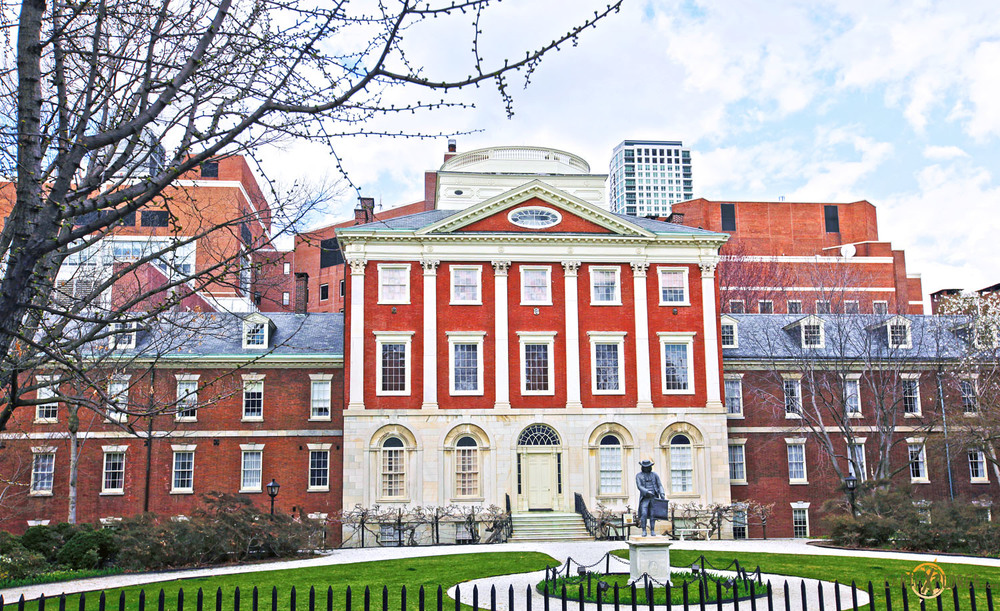 The nation's first hospital was co-founded by Benjamin Franklin.