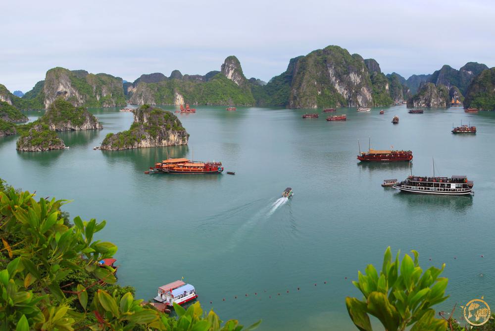 JD Andrews Halong Bay Vietnam2.jpg