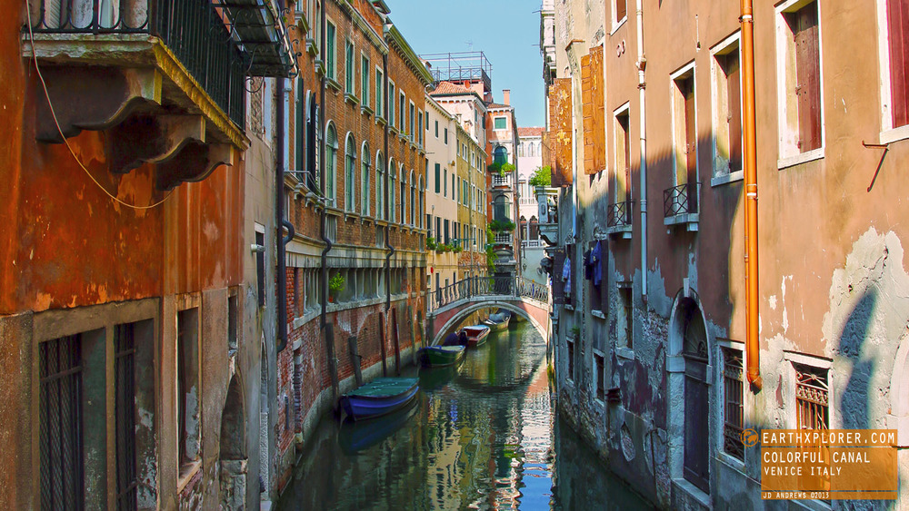 Venice is made up of 118 small islands separated by canals and linked by bridges.