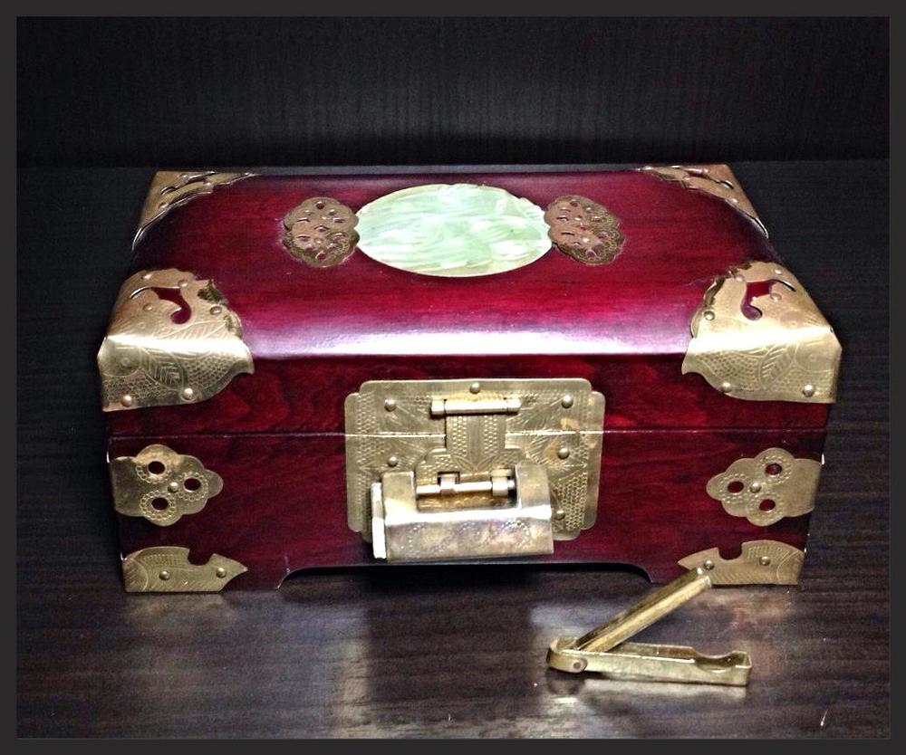 Asian Jewelery box.JPG