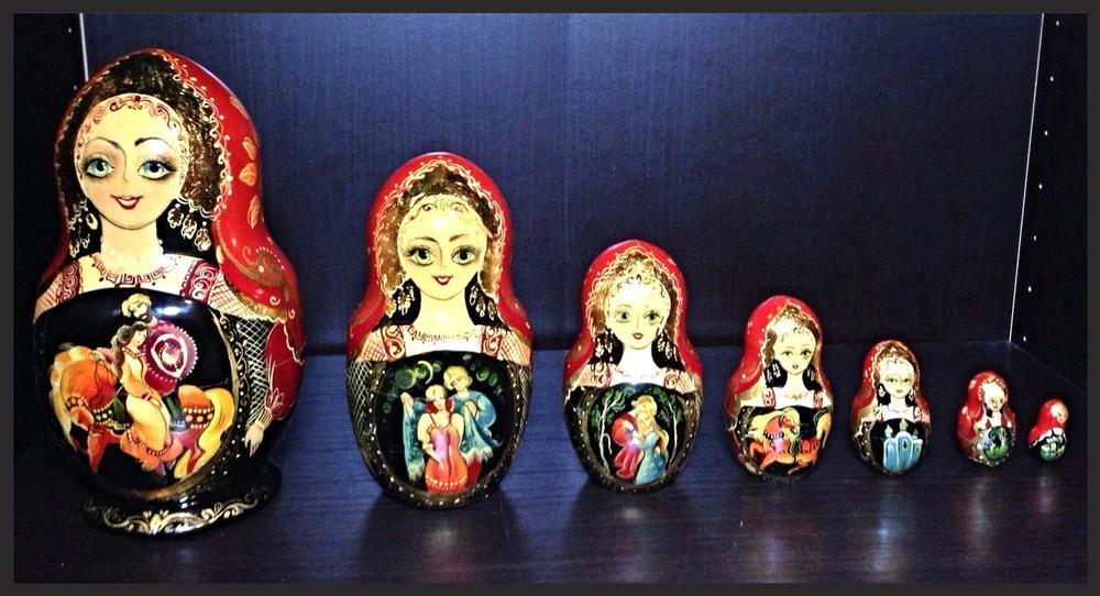 Russian Nesting Dolls.JPG