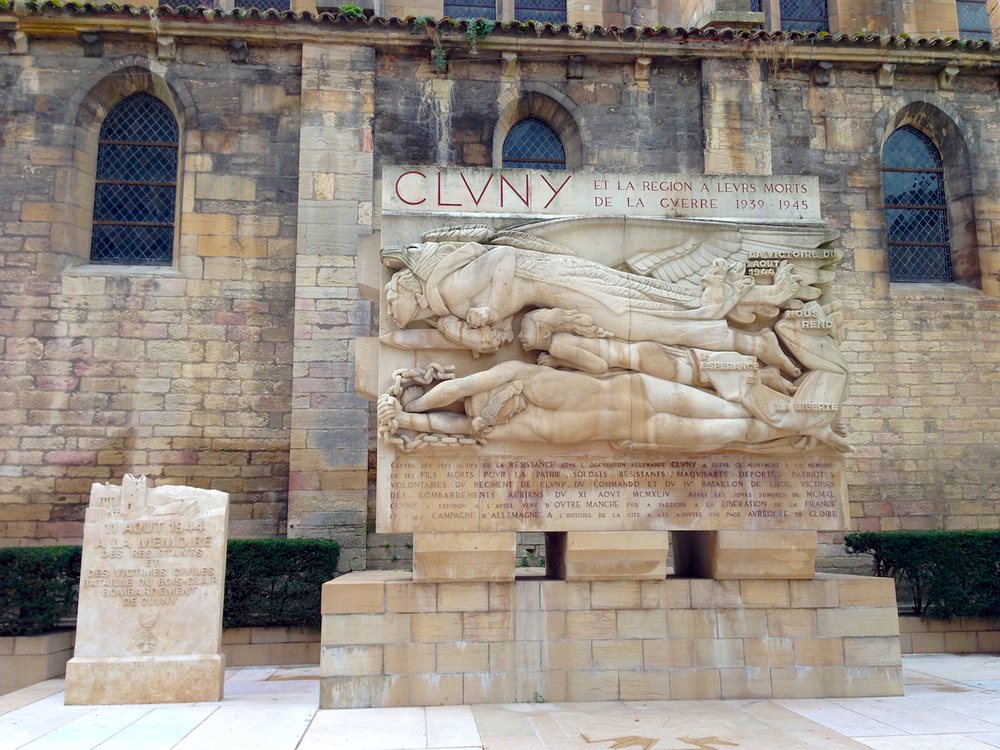 Cluny France statue.jpg