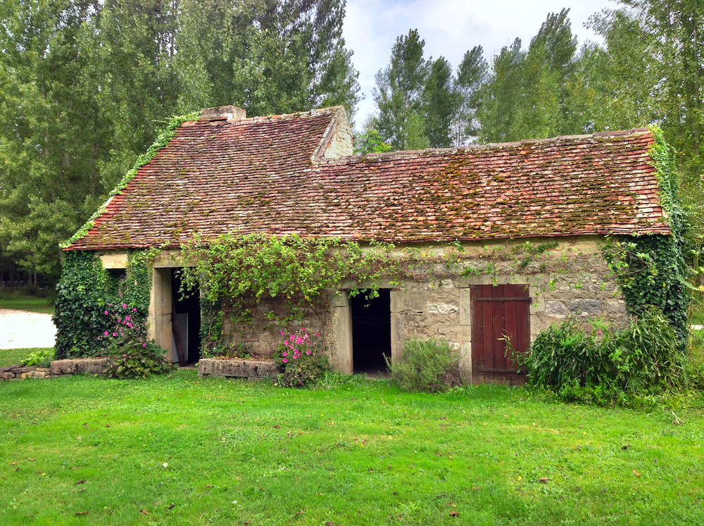 Moux France old house.jpg