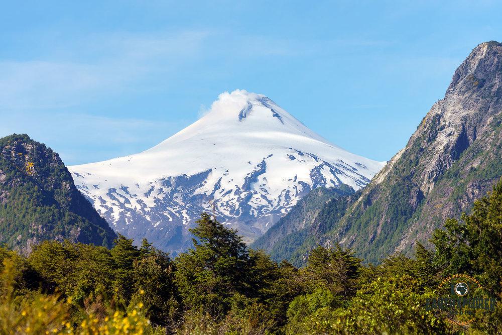 Volcan-Villarica-Chile.jpg