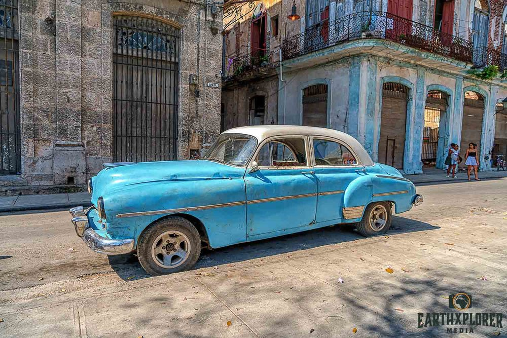 Cuba Car and Street2.jpg