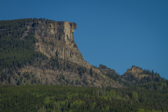 Alaska Highway, west of Fort Nelson, British Columbia, Canon 7D with Canon EF 28-300mm @ 210mm, 1/160s at f/16, ISO 100