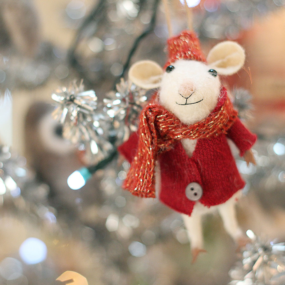 Mousie hanging on the tinsel tree Victorhill Farm Gift Shop